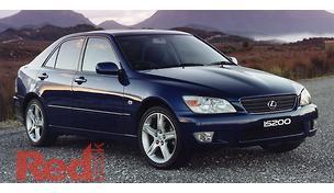 IS200 GXE10R Sedan
