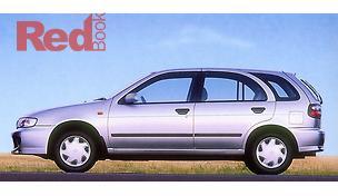 Pulsar N15 S2 Hatchback LX