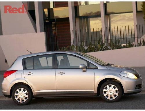 Tiida C11 Hatchback ST