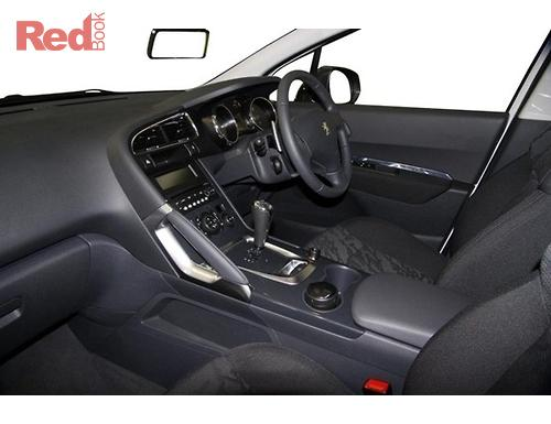 3008 T8 Hatchback XSE HDi