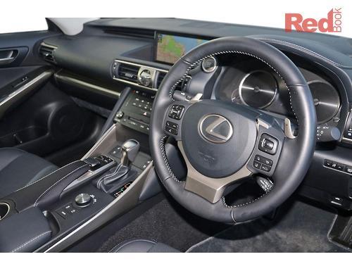 Lexus IS200t Luxury