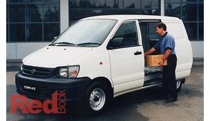 Townace KR42R Van