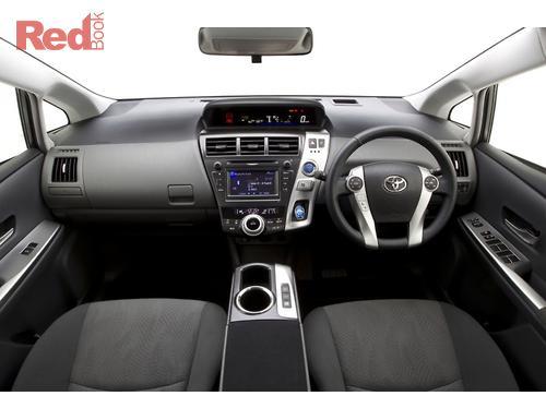 Toyo Prius v 2012 i1