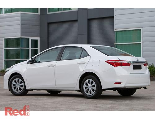 Corolla Ascent Sedan ZRE172R 2014 r1