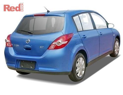 Nissan Tiida ST